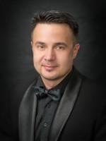 Денис Тіхонов - бас-гітара, акордеон